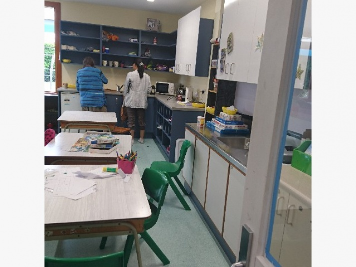Tamariki School: Part of the Sun Room - it has its own kitchen and toilet, to cater for  the younger students.